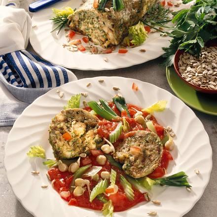 Vollkorn-Serviettenkloß mit Tomaten-Gemüseragout Rezept