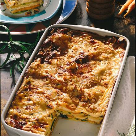 Vollkornlasagne mit Zucchini- und Möhrenscheiben Rezept