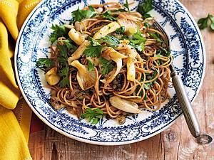 Vollkornspaghetti mit Puylinsen und gebratenen Austernpilzen Rezept