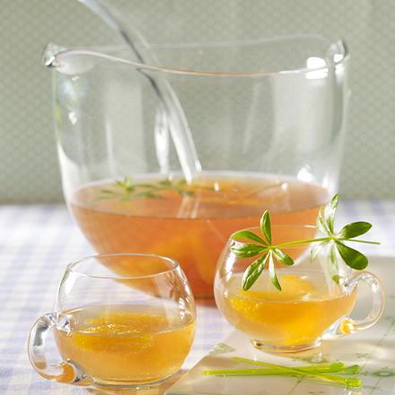 waldmeister bowle mit orangenfilets rezept chefkoch rezepte auf kochen backen und. Black Bedroom Furniture Sets. Home Design Ideas