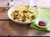 Waldorf-Salat mit Hähnchen Rezept