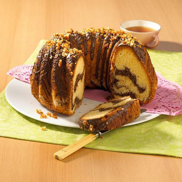 Walnuss-Makronen-Napfkuchen Rezept