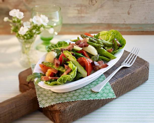 Warm asparagus salad Rezept