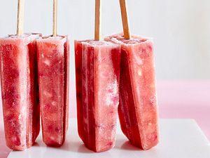 Wassermelonen-Granatapfel-Eis am Stil Rezept