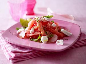 Wassermelonen-Salat mit Ziegenkäse und Minze Rezept