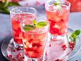 Weihnachtlicher Cocktail mit Granatapfel Rezept