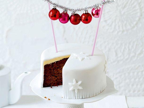 weihnachtskuchen f r die festliche kaffeetafel weihnachtlicher fruechtekuchen rezept. Black Bedroom Furniture Sets. Home Design Ideas