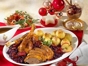 Weihnachtsgans mit Pflaumenrotkohl Rezept