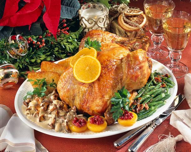 Weihnachtspute mit Pilzen und Bohnen Rezept