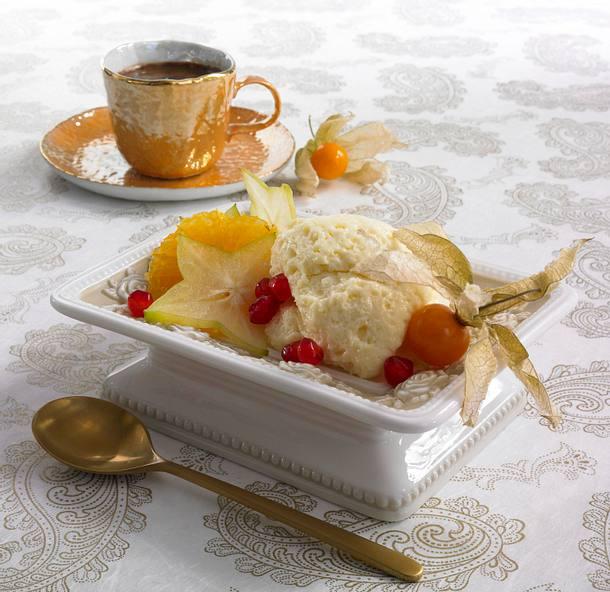 Weiße Mousse mit exotischen Früchten Rezept