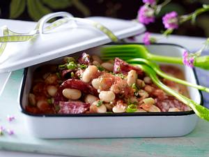 Weißer Bohnensalat mit geriebener Tomatensoße und Fenchelsalami Rezept