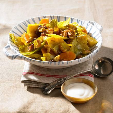 Weißkohl-Curry mit Cashewkernen Rezept