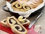 Wickelkuchen mit Mohnfüllung Rezept