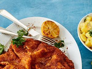 Wiener Schnitzel mit warmem Kartoffelsalat Rezept