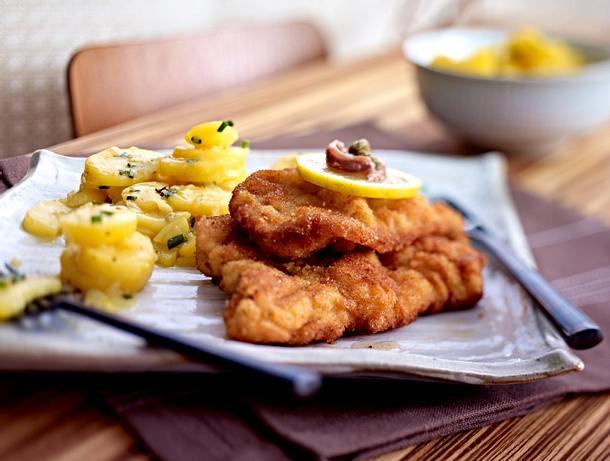 Wiener Schnitzel zu Kartoffelsalat Rezept