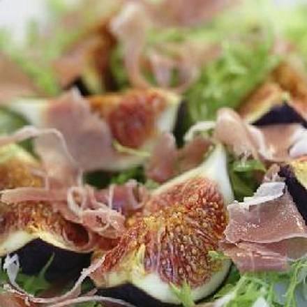 Wildkräutersalat mit marinierten Feigen á la Mirko Reeh Rezept
