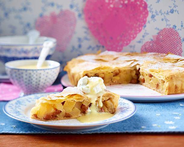 Winterapfel-Pie mit Vanillesoße Rezept