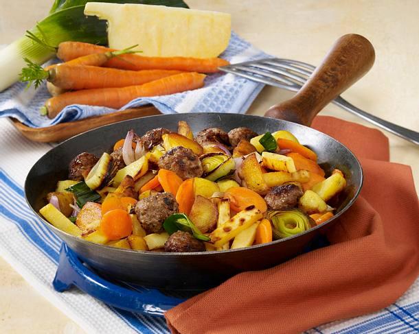 Winterliche Kartoffel-Gemüse-Pfanne Rezept