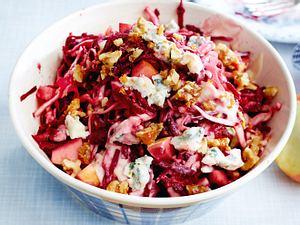 Winterlicher Weißkohlsalat mit Roter Bete Rezept