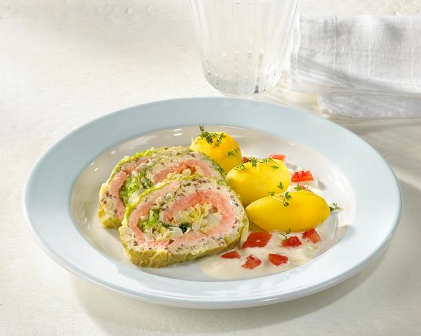 Wirsing-Lachs-Roulade Rezept
