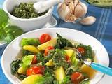 Wirsingkohl-Eintopf mit Pesto Rezept