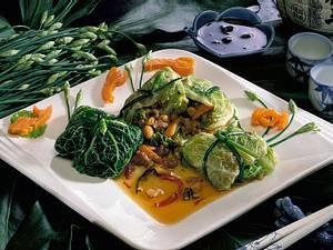 Wirsingpäckchen mit Gemüse-Mettfüllung Rezept
