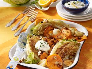 Wirsingspalten und Süßkartoffeln vom Blech Rezept