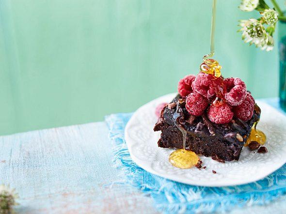Wohlverdiente Brownie-Belohnung mit Avocado, Kakaonibs und Ingwer Rezept