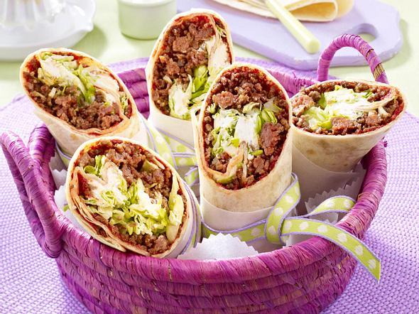 Wraps mit Hack-Salat-Füllung Rezept