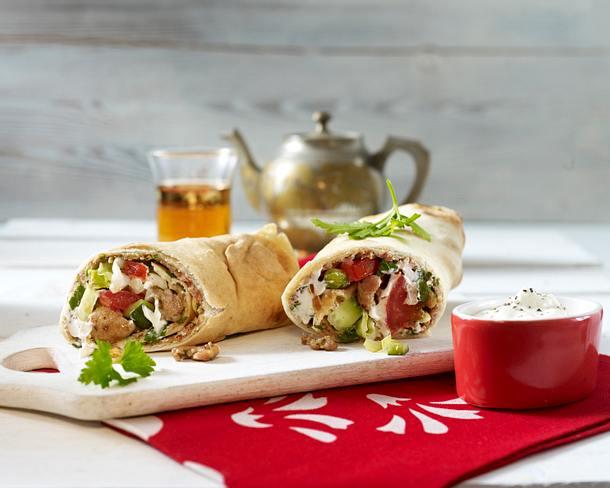 Wraps mit saftigem Putengeschnetzeltem und Salat Rezept