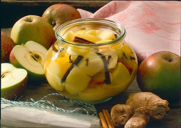 Würziges Apfelkompott Rezept