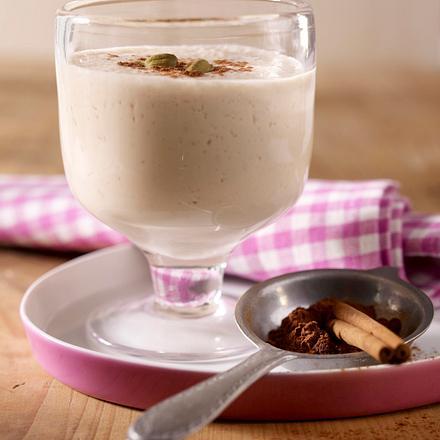 Würziges Chai-Lassi mit Tee und Joghurt (Stevia statt Zucker) Rezept