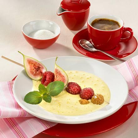 Zabaione mit Feigen-Erdbeerspieß Rezept
