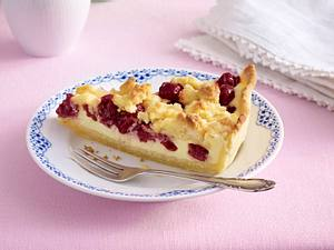 Zarter Kirsch-Käsekuchen mit Macadamia-Streuseln Rezept