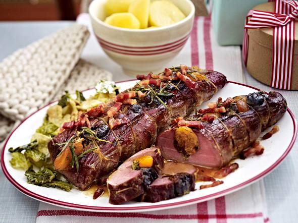 Weihnachtsessen Fleisch.Weihnachtsessen Mit Fleisch Lecker