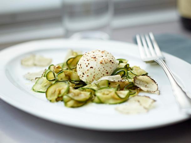 Ziegenkäse mit Zucchini und Sommertrüffeln Rezept