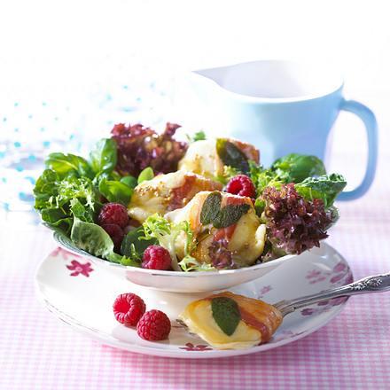 Ziegenkäse-Salat mit Himbeeren Rezept