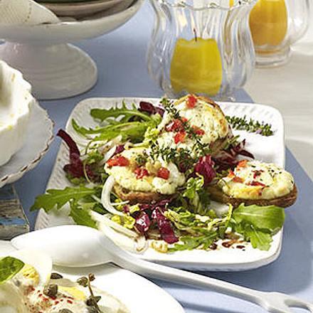 Ziegenkäse-Taler auf Salat Rezept