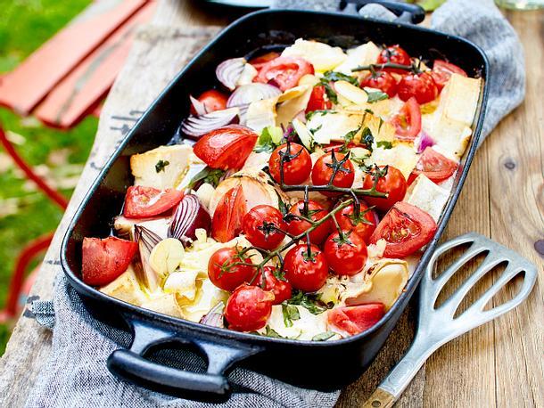 Ziegenkäse und Feta im Tomatenbett Rezept