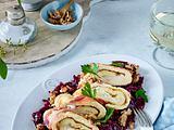Ziegenkäsepfannkuchen mit Rotkohl Rezept