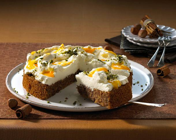 Zimt-Nuss-Torte mit Mangosahne Rezept