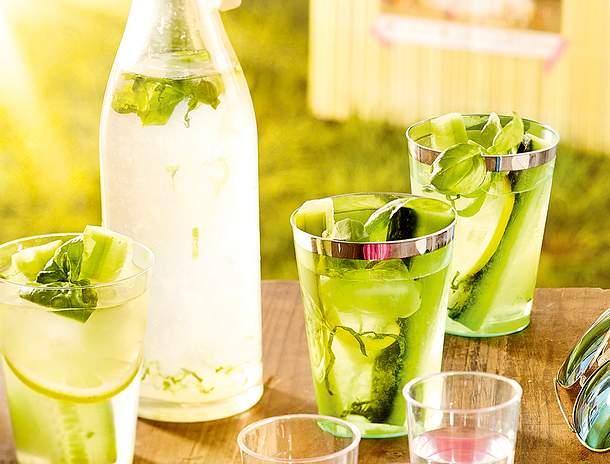 Zitronen-Basilikum-Limo Rezept