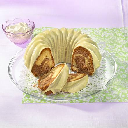 Zitronen-Erdnuss-Marmorkuchen Rezept