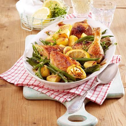 Zitronen-Hähnchen und Kartoffeln aus dem Ofen mit Bohnen Rezept