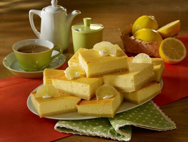 Zitronen-Käsekuchen vom Blech Rezept