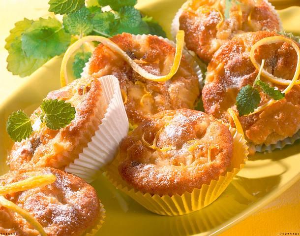 zitronen muffins mit pfeln und rosinen rezept. Black Bedroom Furniture Sets. Home Design Ideas
