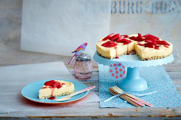Zitronenmousse-Torte Rezept