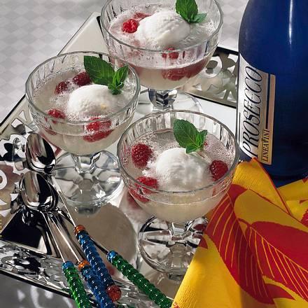 Zitronensorbet mit Prosecco Rezept