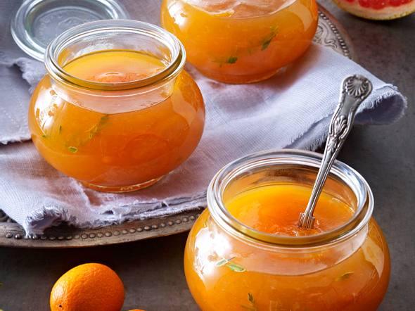 Zitrusfrucht-Gelee mit Thymian Rezept