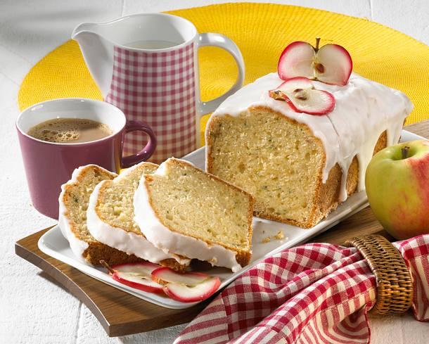 Zucchini Apfel-Kuchen Rezept